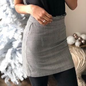 Dresses & Skirts - Black and White Glen Plaid Fitted Mini Skirt